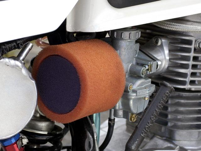 バイクのエアクリーナー、エアフィルター、エアファンネル