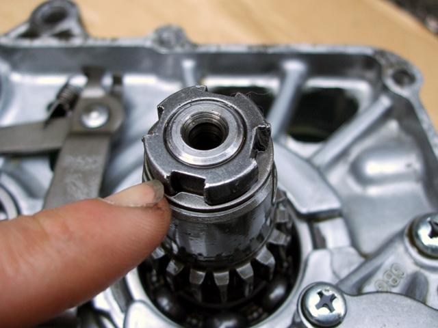 モンキーのエンジンのロックナット