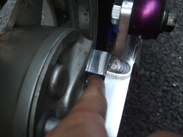 モンキーのドラム式ブレーキのシュー交換