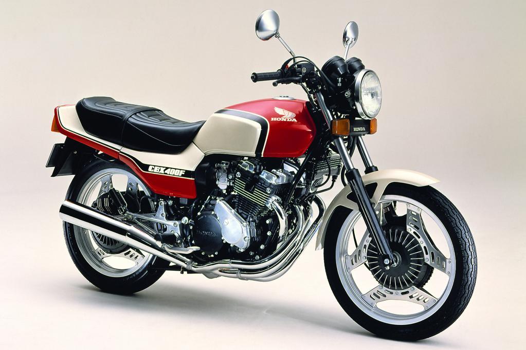 ホンダCBX400F(ホワイト×レッド)